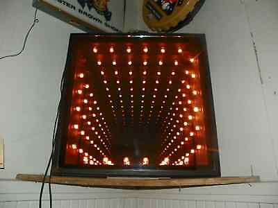 LG VINTAGE MAGICIAN'S ILLUSION MIRROR W LIGHTS TO INFINITY 30019