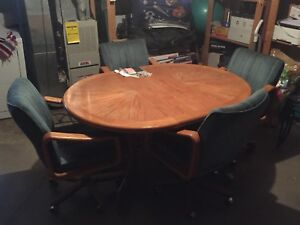 Oak table set and chairs