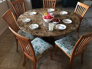 Selling a granite table (and chairs if you want them)