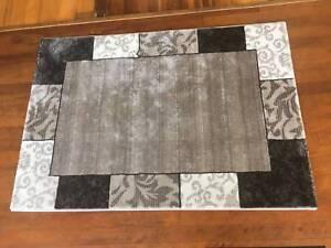 patchwork' rug excellent condition