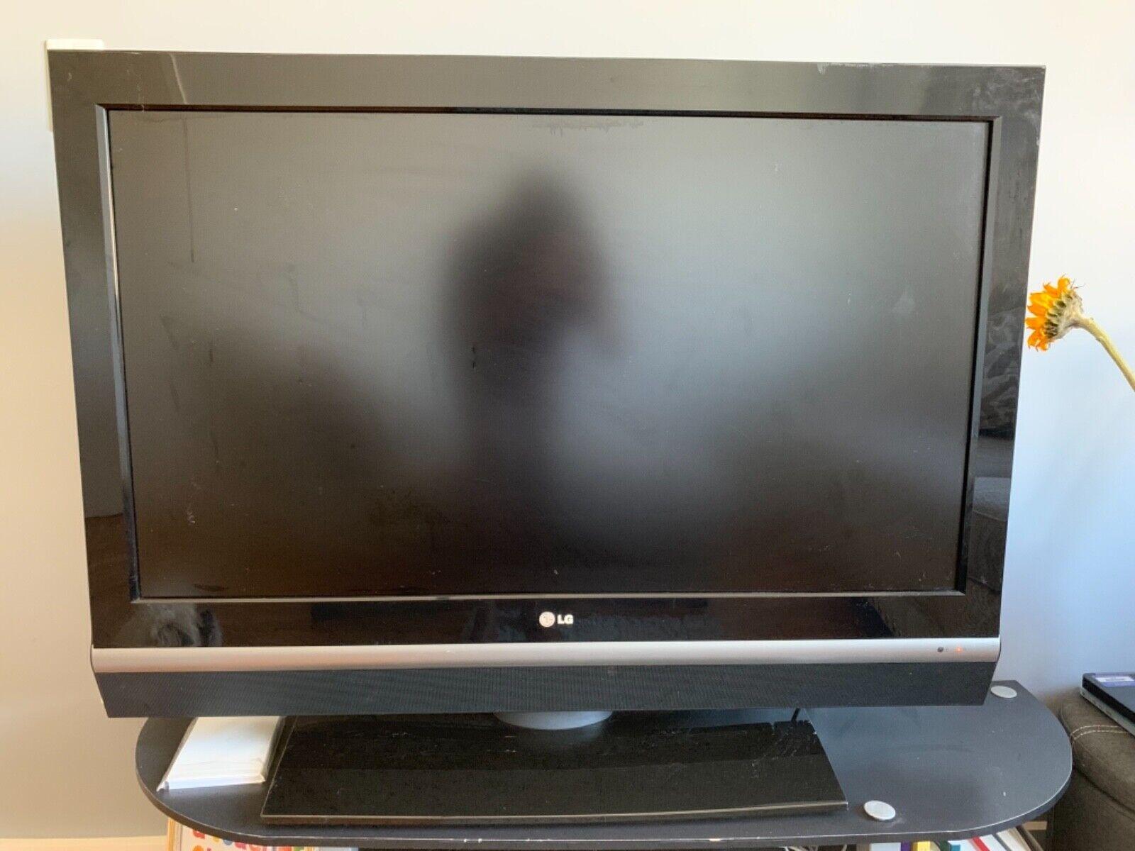 46 inch LG HDTV