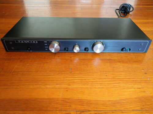BRYSTON 0.5B Stereo Preamplifier with MM Phono Stage - Works Great