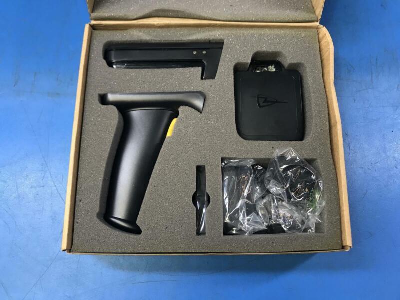 TSL 1128 Bluetooth RFID UHF Reader 1128-US-BT-UHF-IMG