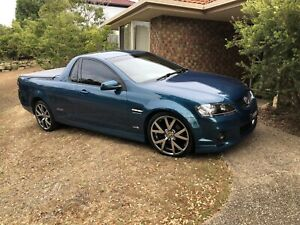 Holden Commodore series 2 ss
