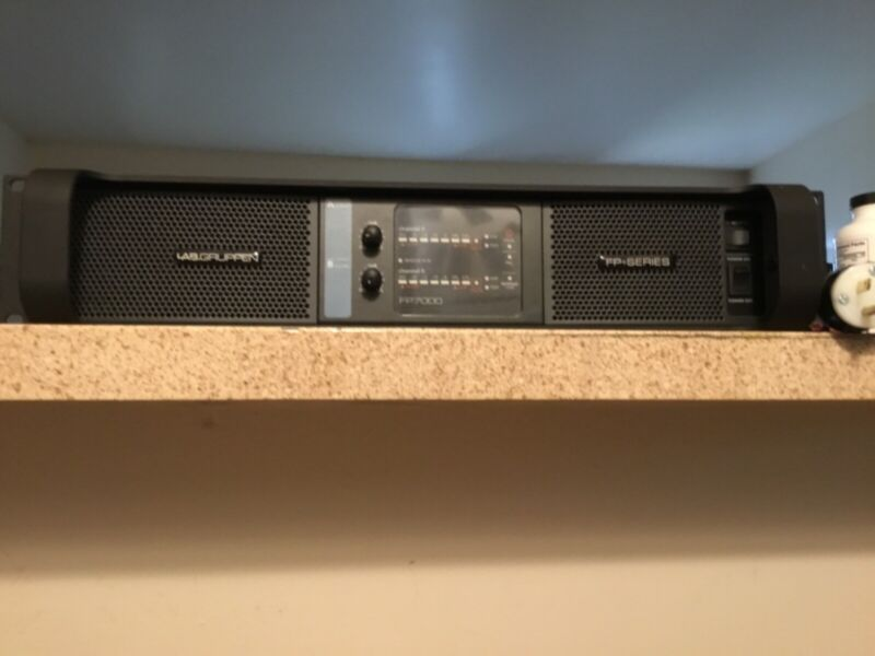 Lab gruppen Fp7000 pro amplifier mint condition slightly used plays transparent.