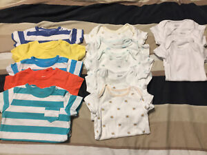 Carter's Newborn/0-3 month Onesies