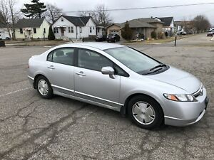 2007 Honda Civic Hybrid 4DR Sedan $2700 O.B.O
