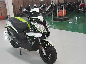 NEW VMOTO MONZA II 50CC 2 STROKE SCOOTER 6MTH INT FREE Malaga Swan Area Preview
