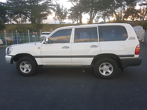 2000 Toyota LandCruiser Wagon (105 series) Lindisfarne Clarence Area Preview