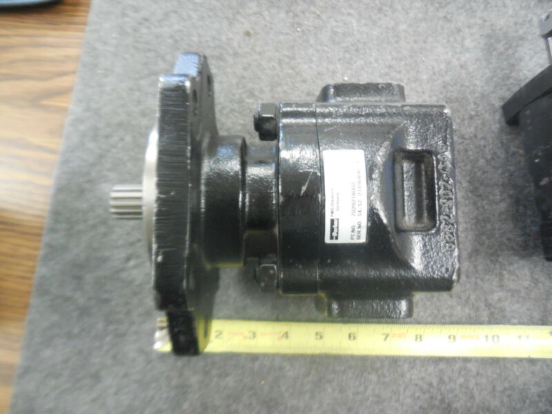 Parker 7029218002 Hydraulic Pump New