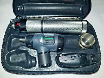 Welch Allyn 3.5v Diagnostic Set 23820 Macroview Otoscope Ophthalmoscope 97200-mc