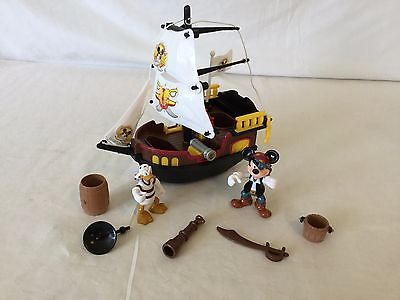 Mickey Mouse Donald Duck Pirates Of The Caribbean Plastic Play Set Ship S2