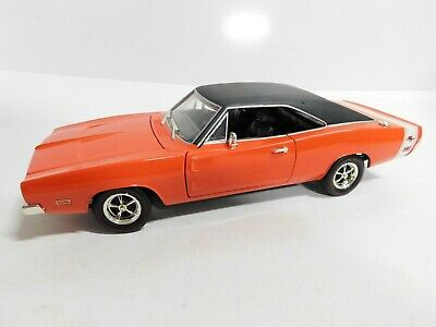 HOTWHEELS COLLECTIBLES 1:18 69 DODGE CHARGER DIECAST TOY CAR LARGE HEAVY RED