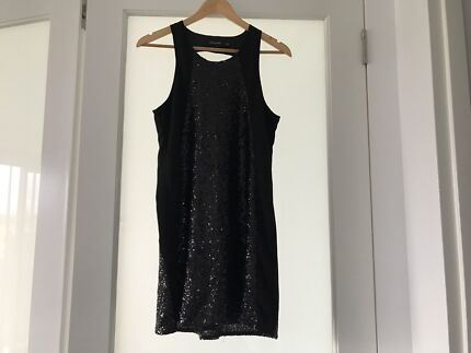 Ladies BLACK  Sequined  Evening  Dress Size 10 As New