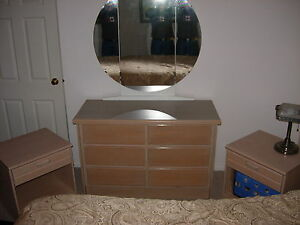 Dresser, Triple Mirror, 2 Matching Night Stands, Good Condition