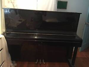 KAISER Piano Free Standing 2nd Hand Abbotsbury Fairfield Area Preview