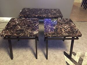 Like New 3pc Table Set!