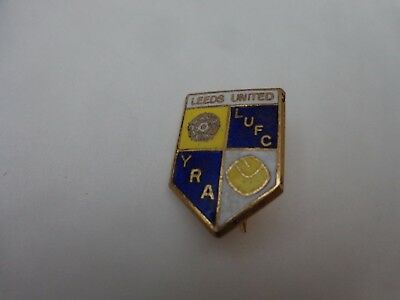 VINTAGE LEEDS UNITED 'YORKSHIRE REPUBLICAN ALLIANCE' YRA FOOTBALL PIN BADGE