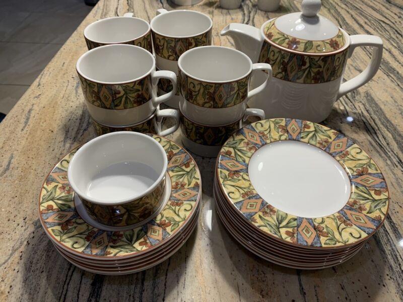 Royal+Doulton+Tea+Set