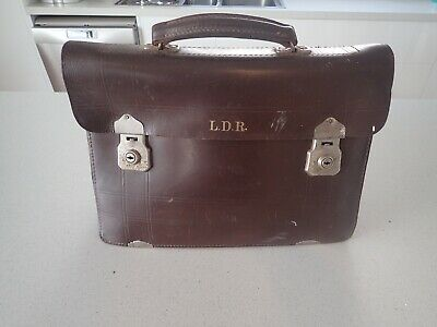 1950s Handbags, Purses, and Evening Bag Styles Vintage Briefcase Brown Leather Business Bag By W. Pocknall Victoria Australia $56.91 AT vintagedancer.com