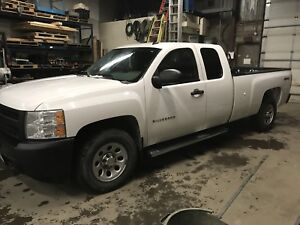 2011 Chevy Silverado certified  and e tested 4*4