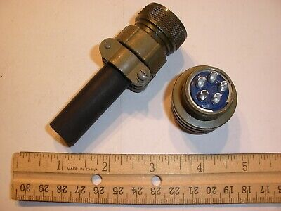 New - Ms3106a 18-11s Sr With Bushing - 5 Pin Female Plug