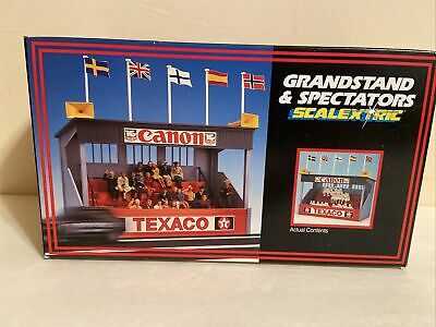 SCALEXTRIC GRANDSTAND & AND SPECTATORS C636 NIB HORNBY