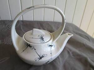 Dragon Fly Tea Pot in Good Condition Coorparoo Brisbane South East Preview