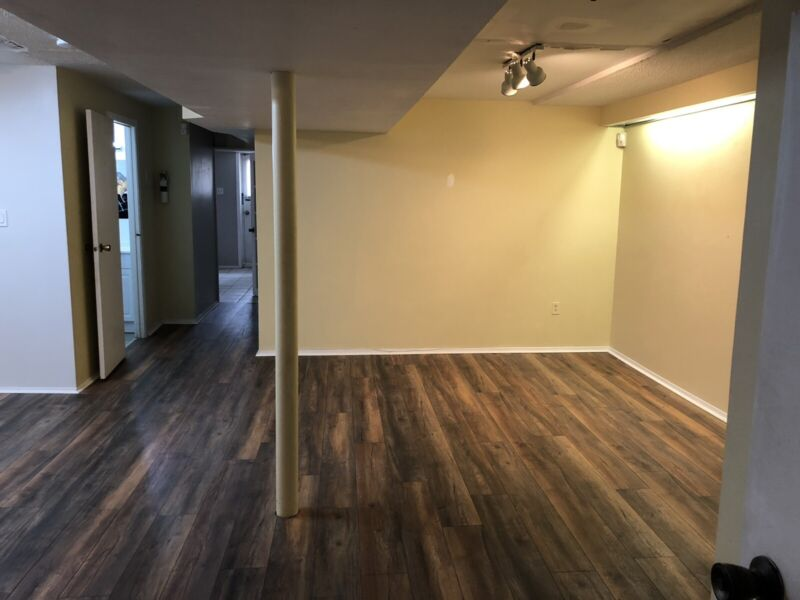 2 bedroom basement apartment for rent in Mississauga ...