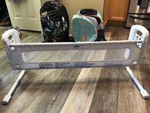 Safety 1st bed rail guard