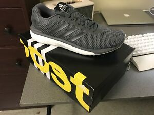 BRAND NEW IN BOX Men's Adidas Vengeful Shoes (Size 9.5)