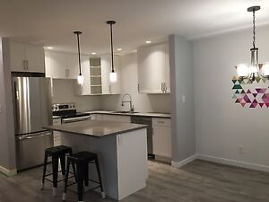 3 Bedroom Sahali Condo Available April 1