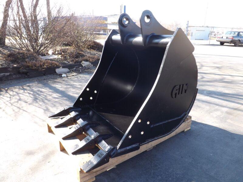 """New 30"""" Heavy Duty Backhoe Bucket For A John Deere 310j"""