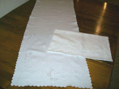 Vintage Set of 2 White Eyelet Linen Table Runner/Dresser Scarf    (C-1)