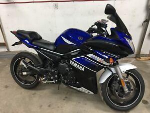 Moto Yamaha FZ6R 2013