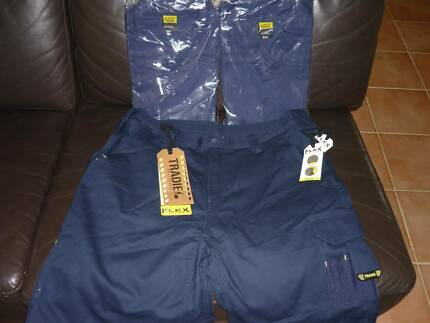 TRADIE WORKS SHORTS (102R/40) AND SHIRTS ( 2XL) 2 OF EACH,ALL $50