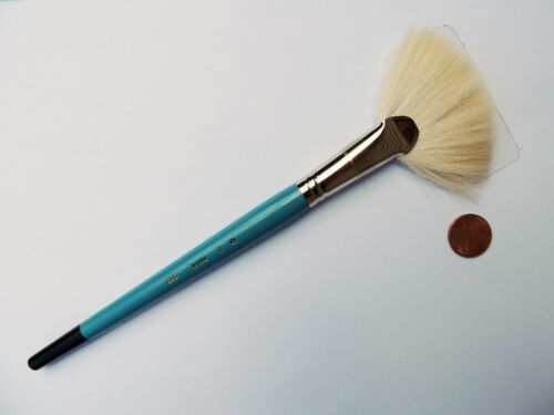 Royal R835 Natural Goat Hair Soft Fan Paint Brush - ($2.39 - $7.09)