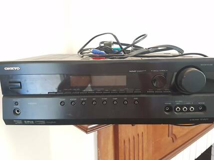 Onkyo Home Entertainment System HT-R670