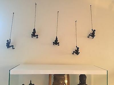 1 Piece Climbing Man Wall Art - Buy 4 @ Asking Price Get 1 FREE