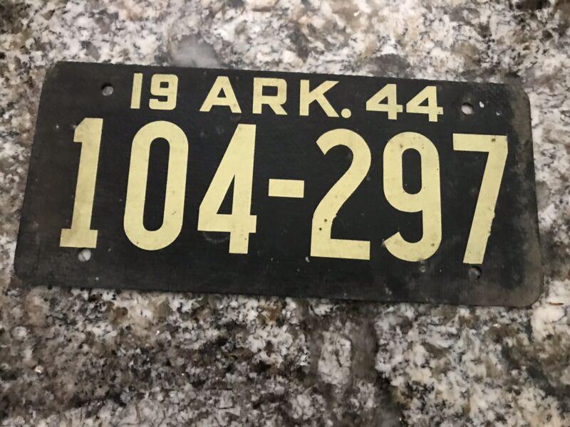 1944 ARKANSAS Fiberboard LICENSE PLATE 104 297