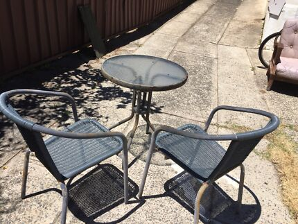 Free outdoor furnitures