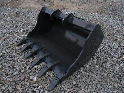 Bobcat Mini Excavator Attachment - 36 Heavy Duty Tooth Bucket - Ship 179