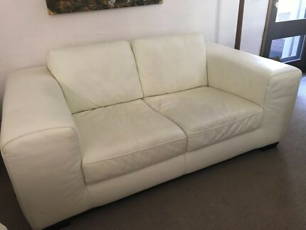 Leather 2 seater couch - cream and in awesome condition