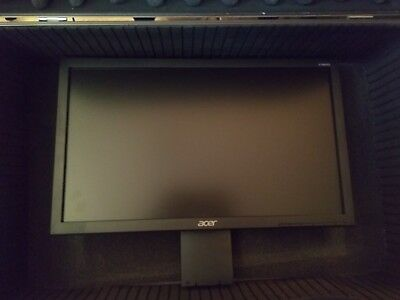 19' Acer V V196HQL  HD LED Widescreen Monitor , 1366 X 768 Resolution