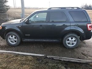 2008 Ford Escape XLT V6 LOW KM