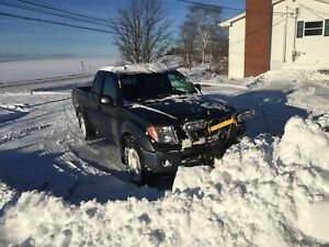 Nissan Frontier low kms 4x4