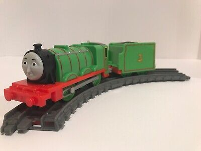 """Trackmaster Thomas & Friends """"HENRY"""" And Tender 2013 WORKING Motorized Train!"""