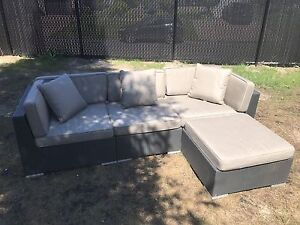 Outdoor sofa sectional