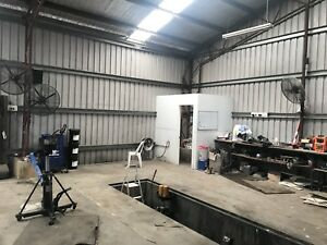 Truck mechanic workshop