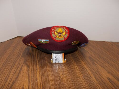 Boy Scouts of Canada Official Maroon Beret Size Large with Pins & Instructor